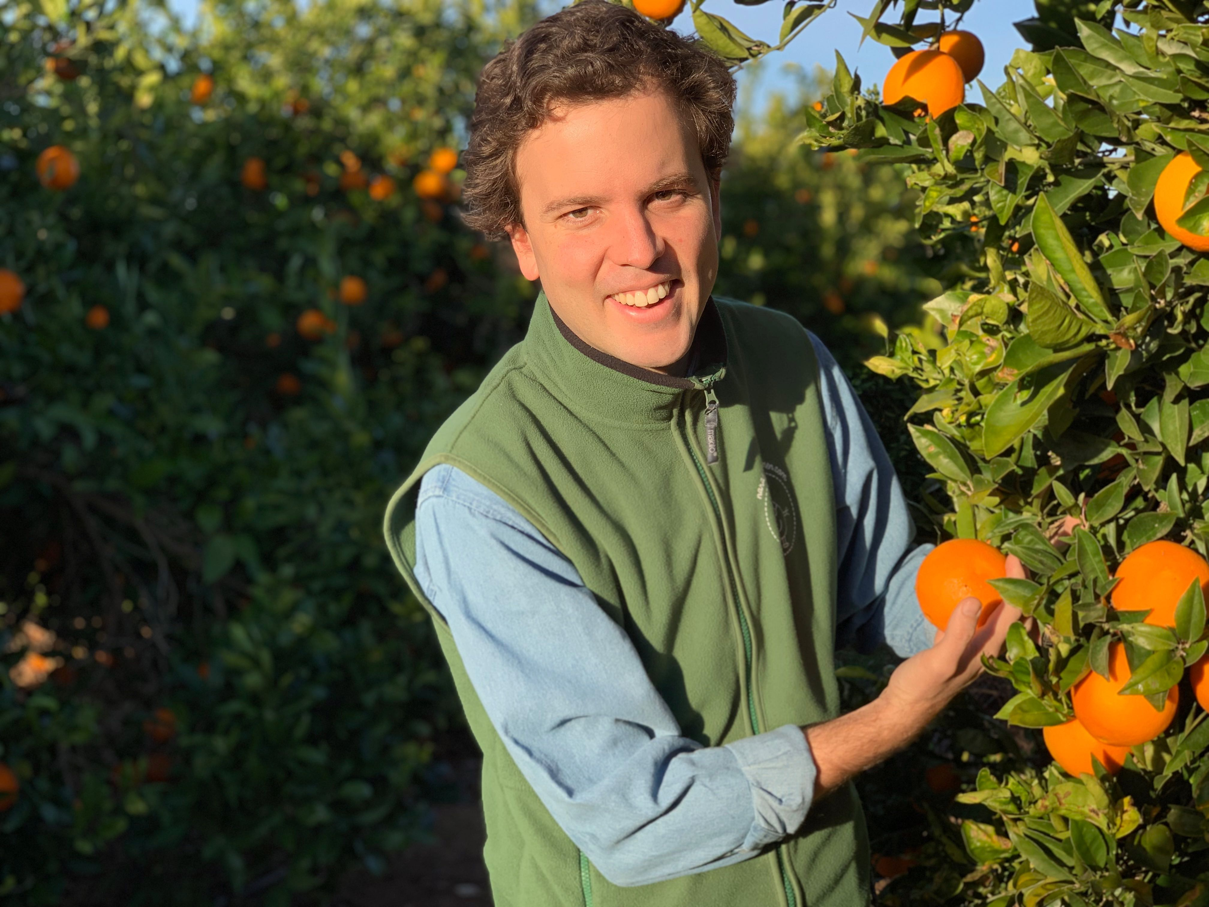 Agricultor de naranjas